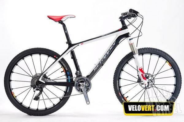 vends SCRAPPER SPORT 4 CARBON